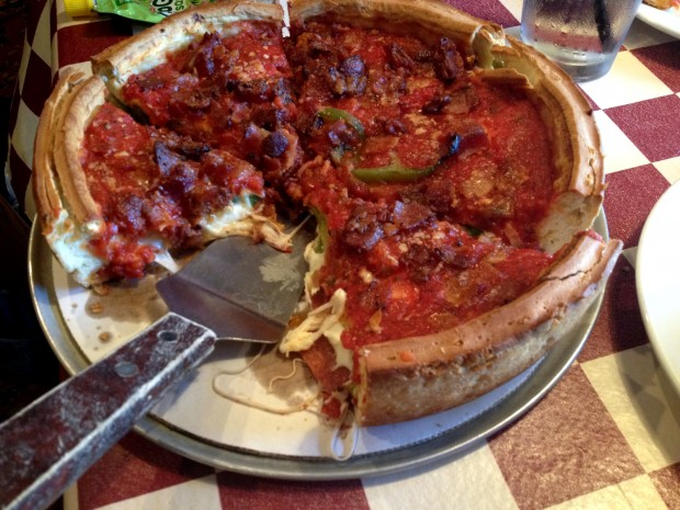 best-deep-dish-pizza-in-chicago